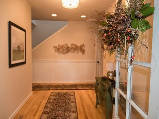 Cozy Private room with Deck and Internet Access - Bainbridge Island vacation rentals
