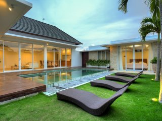 Umah Putih 2 Bedroom Villa, Tropical Minimalism, Canggu - Pererenan vacation rentals