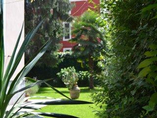 Al Giardino degli Artisti Bed & Breakfast - Cairo Montenotte vacation rentals