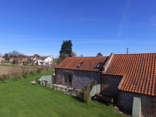 1 bedroom Barn with Outdoor Dining Area in Happisburgh - Happisburgh vacation rentals