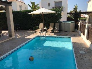 Daisy Duck Villa - Sunset Villas 2 - 2 bedroom villa - private pool - family - Protaras vacation rentals