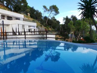 Modern Villa Mestral for 9 guests, only 6km to the beach! - Sant Cebria de Vallalta vacation rentals