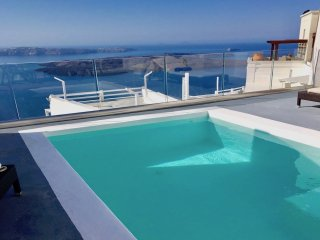 LOCATION LOCATION LOCATION-PRIVATE POOL with views to INFINITY - Imerovigli vacation rentals