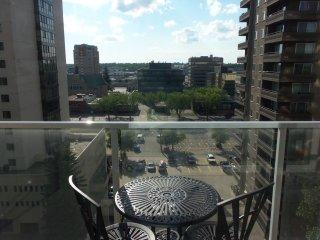 Fifthavenue Suites Condo (6th Floor) - Saskatoon vacation rentals