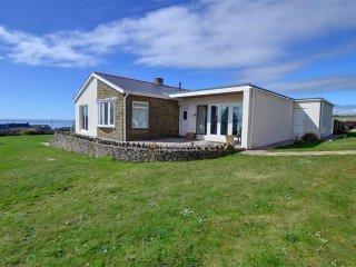 Lovely 3 bedroom Bridgend Cottage with Internet Access - Bridgend vacation rentals