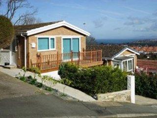 Cartref Gwaliau holiday bungalow - Penrhyn Bay vacation rentals