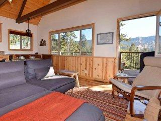 2 bedroom Cabin with Deck in Big Bear Lake - Big Bear Lake vacation rentals