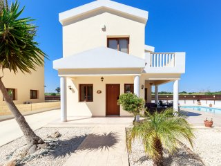 Villa Honey Corner - Spacious 2 Bed Villa with Pool, 300m to Sea - Ayia Napa vacation rentals