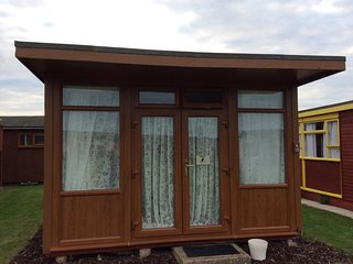 Beautiful chalet ready to let all year round from £50 - Mablethorpe vacation rentals