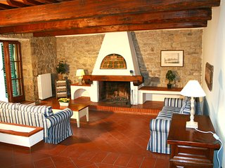 Private Villa on surrounding Florentine hills - Florence vacation rentals