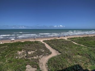 On the beach -2 KING SUITES, UPDATED! heated POOL! - South Padre Island vacation rentals