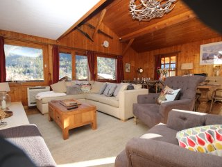 The Mountain House - A luxurious 6 bedroom chalet - Les Contamines-Montjoie vacation rentals
