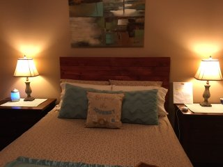 Comfy & Safe Private Rooms/Bath in West Houston/Energy Corridor - Houston vacation rentals