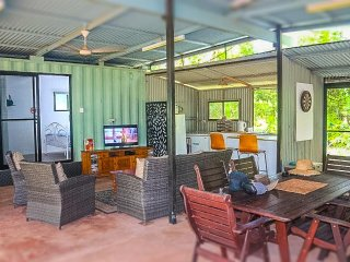 Cozy 2 bedroom Dundee Beach House with A/C - Dundee Beach vacation rentals