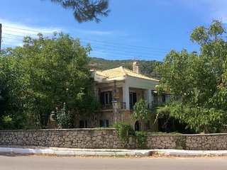 """""""PERIS"""" independent apartment in a traditional stone house with garden, Lefkada - Agios Nikitas vacation rentals"""