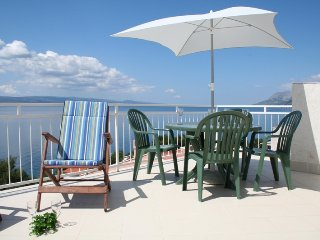 Apartment with perfect sea view, large top floor terrace, 150m from the beach - Brela vacation rentals