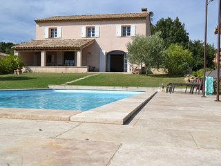 Maison ROQUEBEAURESSE a nice Holiday Residence with swimming pool (2-12 persons) - Pougnadoresse vacation rentals