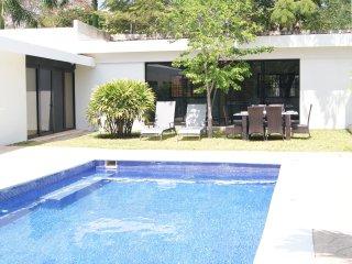 Spectacular Villa & Pool - Sleeps 20, Garden, Private Comunity - CA6B - Cancun vacation rentals