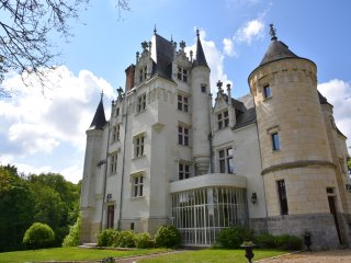 Nice Castle with Microwave and Fireplace - Noyant-de-Touraine vacation rentals