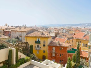 Kat - NEW! OLD TOWN - Nice vacation rentals
