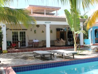 2 bedroom House with Internet Access in Hato - Hato vacation rentals