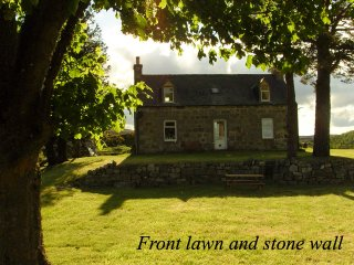 Boutique Highland Cottage on the Whisky and Castle Trail. Speyside, Scotland. - Aberlour vacation rentals