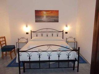 Cozy 3 bedroom Bed and Breakfast in Arbus - Arbus vacation rentals