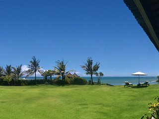 Bali Seseh Beach Villa Ocean: amazing beachfront ! - Canggu vacation rentals