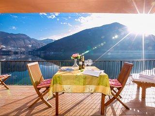 Casa al Lago Lakefront Apartment - San Mamete Valsolda vacation rentals