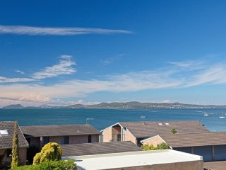 5 'The Point' 5-7 Mitchell Street - large balcony and great water views - Soldiers Point vacation rentals