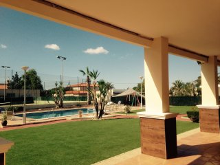 Private rural villa private pool / tennis courts in Elche near to Airport - Elche vacation rentals