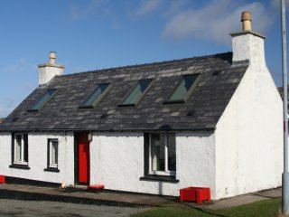 Charming 1 bedroom Cottage in Isle of Scalpay - Isle of Scalpay vacation rentals