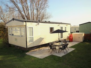 Comfortable Caravan/mobile home with Internet Access and Swing Set - Winchelsea vacation rentals