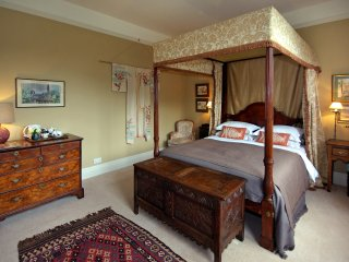 Yellow Room - The Pigeon House B&B - Bodenham vacation rentals