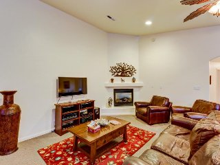 Dog-friendly townhome close to downtown Moab w/ shared pool access! - Moab vacation rentals