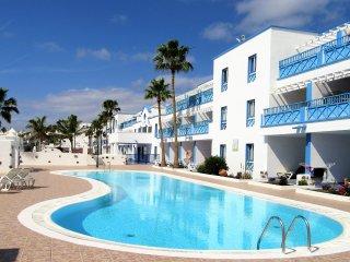 Agua Azul Apartment, Puerto del Carmen - Puerto Del Carmen vacation rentals