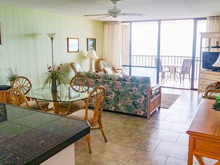 OCEANFRONT 2 BEDROOM 708 AT VALLEY ISLE RESORT - Lahaina vacation rentals