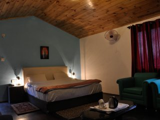 Nice Cottage with Internet Access and Satellite Or Cable TV - Bahang vacation rentals