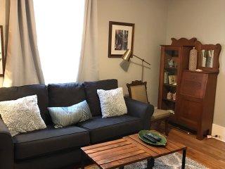 Downtown Santa Cruz ~Historic Victorian Apartment - Santa Cruz vacation rentals