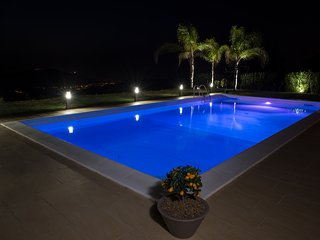 Detached 3 bed Villa, private pool & garden overlooking the Aeolian Islands!!! - Castroreale vacation rentals