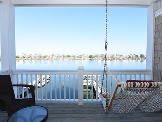 The Breeze -  Comfortable sound front duplex on Banks Channel with boat dock - Wrightsville Beach vacation rentals