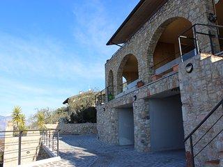 Casa Giovanni mit Pool für 2 Pers. Castalletto - Castelletto di Brenzone vacation rentals