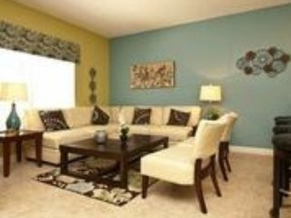 Living area - Luxury 4 bedroom Town House with Splash Pool is just 4.5 miles to Disney. - Orlando - rentals