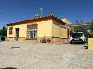 Complete house in country side, with garden - Puerto Real vacation rentals
