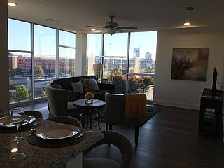 Luxurious Downtown Top Floor Condo- 2 Bed/2 Bth. #400 - Nashville vacation rentals