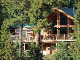 The Last Resort on Lac des Roches - Bridge Lake vacation rentals