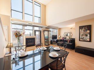 S&J#51A Penthouse Loft Views! Indr Pool, Spa, Gym, Party Room! Lakes and Trails! - Minneapolis vacation rentals