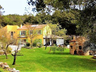 Villa Apartment with Pool and Amazing Views, walking distance to Village. - Carnoules vacation rentals