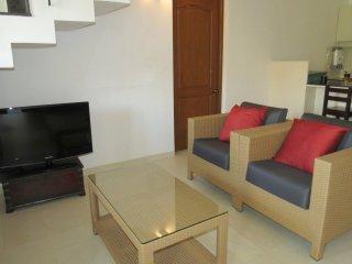 04) Spacious Cozy 2 Bedroom Apartment Riviera Hermitage Arpora, & WiFi - Arpora vacation rentals