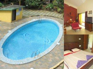 06) Spacious Penthouse 3 Bedroom Apartment Sleeps 7 & Fibre Optic Broadband - Arpora vacation rentals